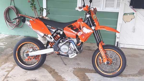 KTM-525EXC-1